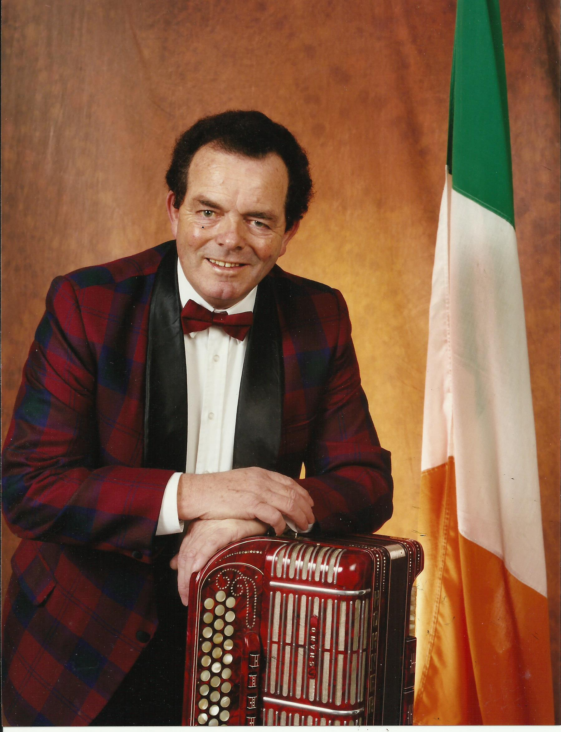 Donal Ring - with accordion & Irish Flag