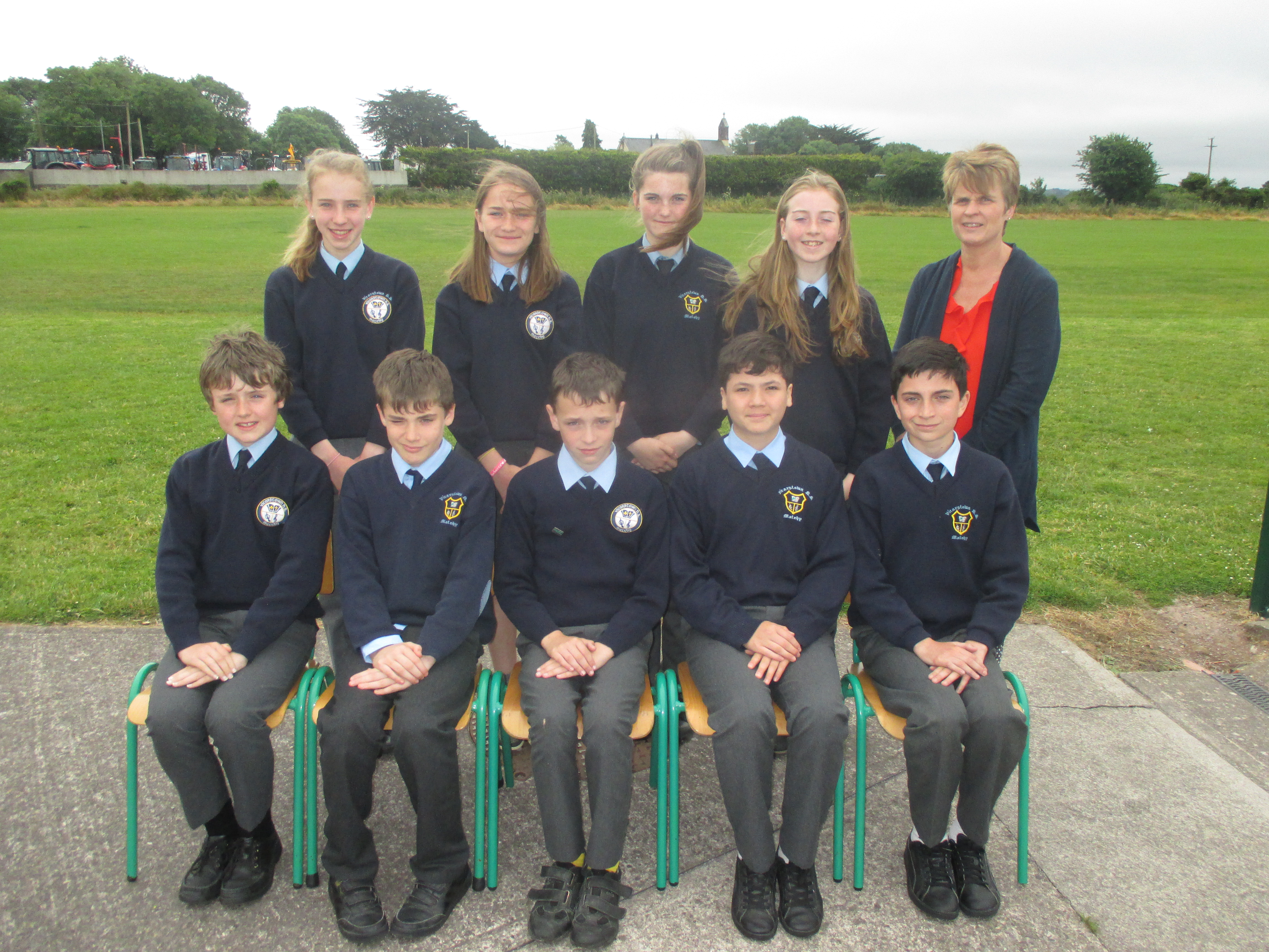 6th class group photo